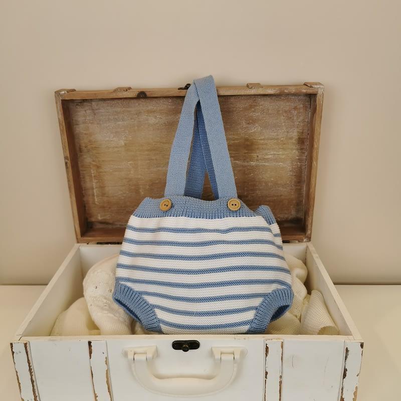 Peto punto brisa marina azafata y blanco Mac ilusión bebe,rayas azul azafata,con tirante liso, cierre botones. Ideal con blusa plumeti.